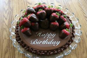 Bánh socola chúc mừng sinh nhật độc đáo